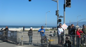 image of a glimpse of the Pacific Ocean at the final turn